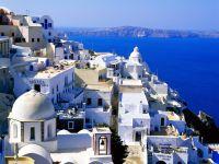 Fira_Santorini,_Greece